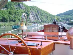 Rad- und Schiffsreise