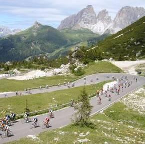 SELLARUNDE - Rennradtour - Rennradfahren in den Dolomiten / Südtirol Bild 2